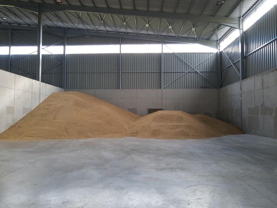 Складова база за съхранение на зърнени култури gallery